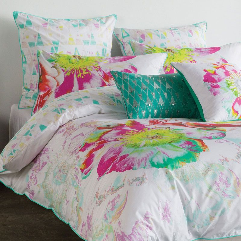 Solarise Queen Quilt Cover Set by Kas